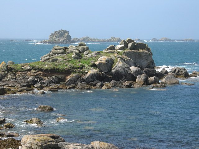 Castle Bryher and Gulf Rock