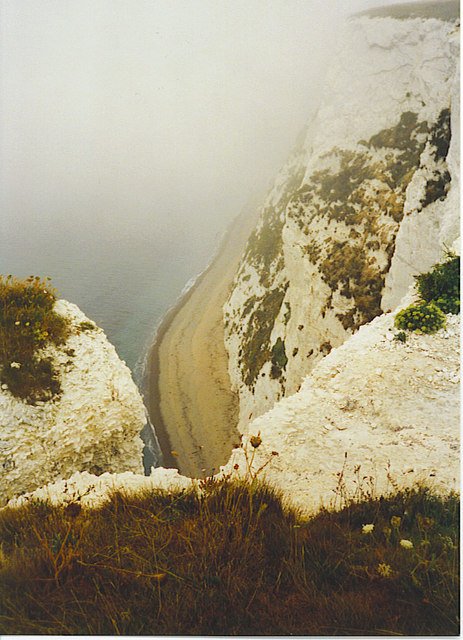 Cliffs at Bat's Head.