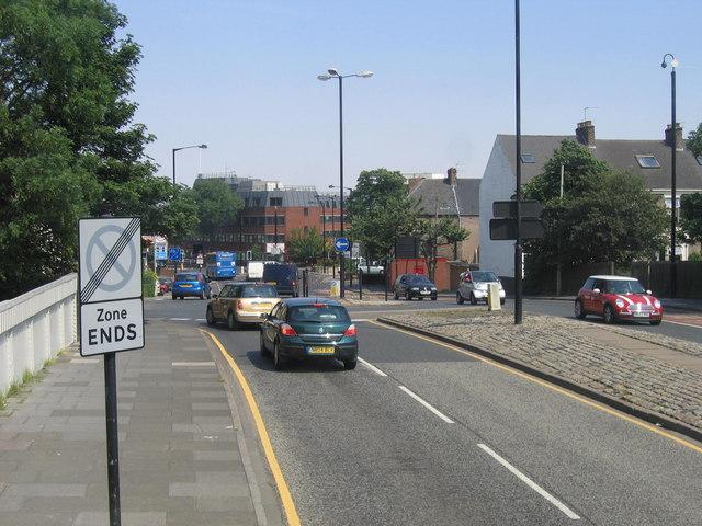 Mini Roundabout Sandyford Road/Osborne Terrace