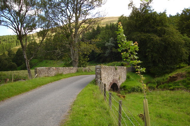 Bridge south of Easter Ladnathie