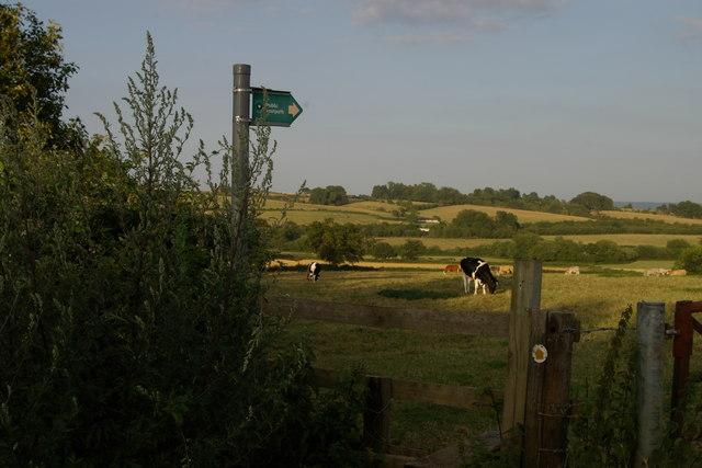 Stile near  Wombwells Farm