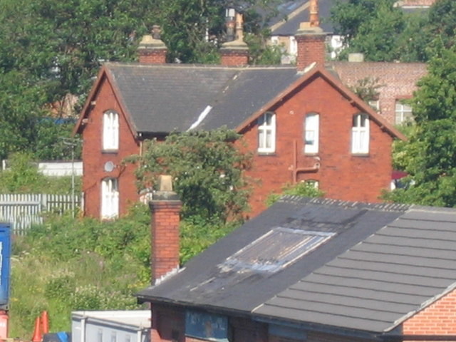 Old House Overlooks Pelaw Station