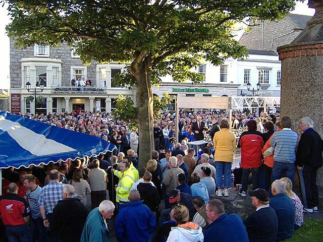 Prize presentation for Southern 100 races, Castletown