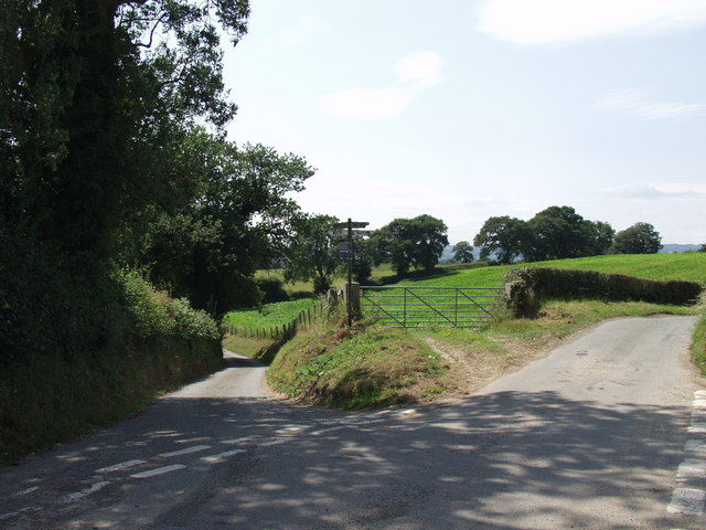 Crossroads at  Old Marton