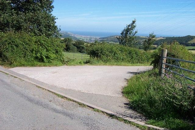 Road junction near Caeau farm