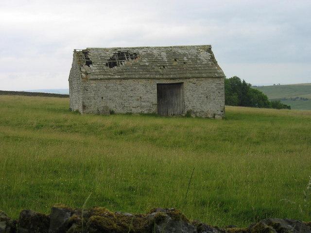 Tithe barn (post-medieval).
