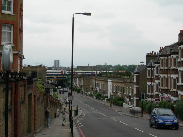 Latchmere Road SW11 (2)