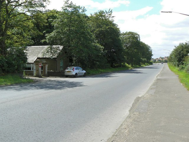 Gatehouse on the A89