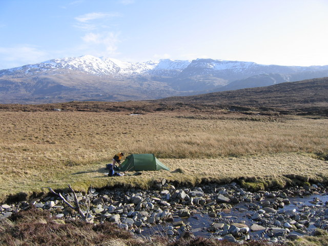 Flat ground by the Fionn Allt