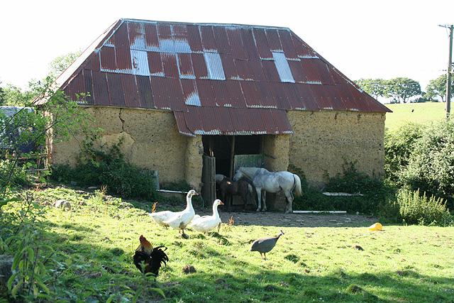 Cheriton Bishop: cob barn
