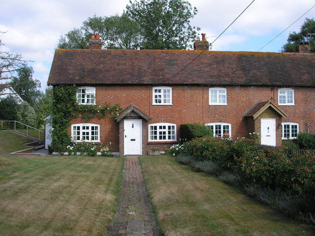 West Haxted Farm Cottages, Lingfield Road, Haxted, Surrey