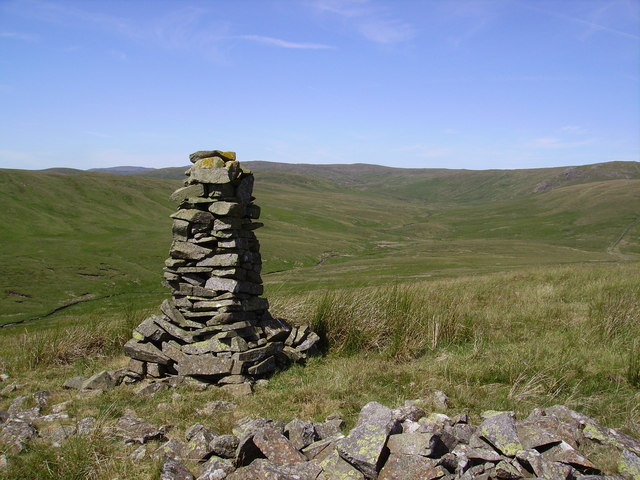 Cairn ,Whatshaw Common