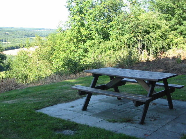 Picnic table at Viewpoint by footpath for public use