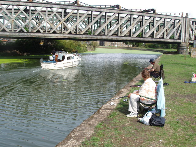 Fishing on the River Lea