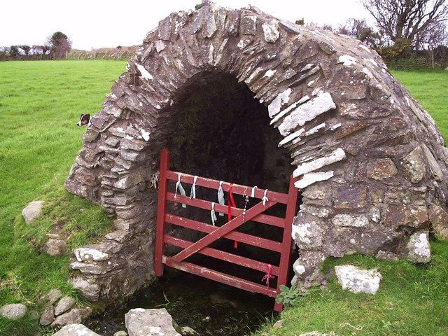Holy well, Llanllawer