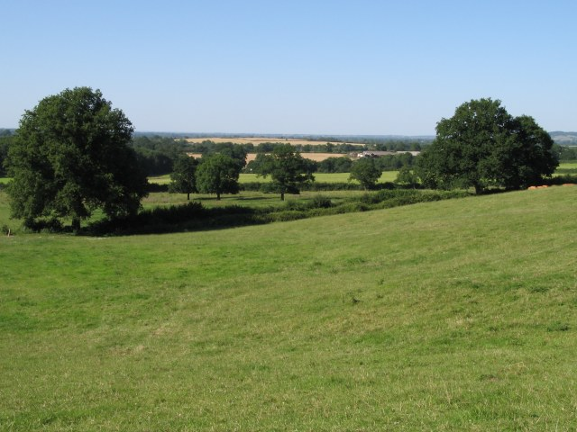 Fields on lower slopes of Nocketts Hill