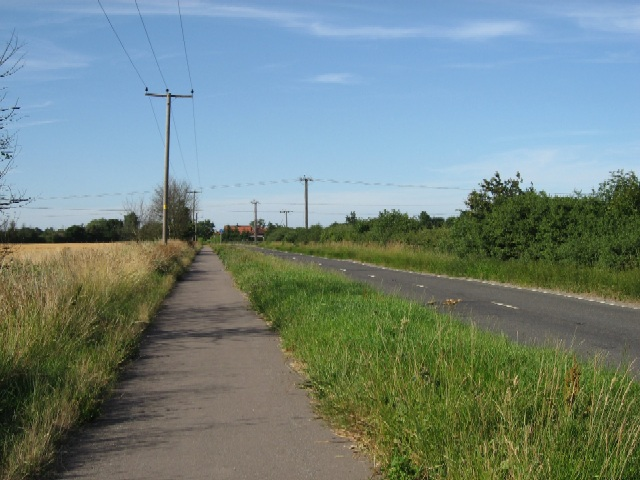 The Road to Howden Station
