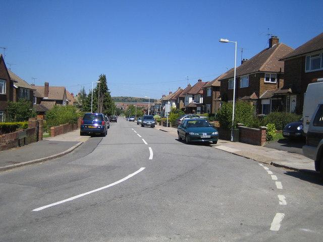 Luton: Fairford Avenue