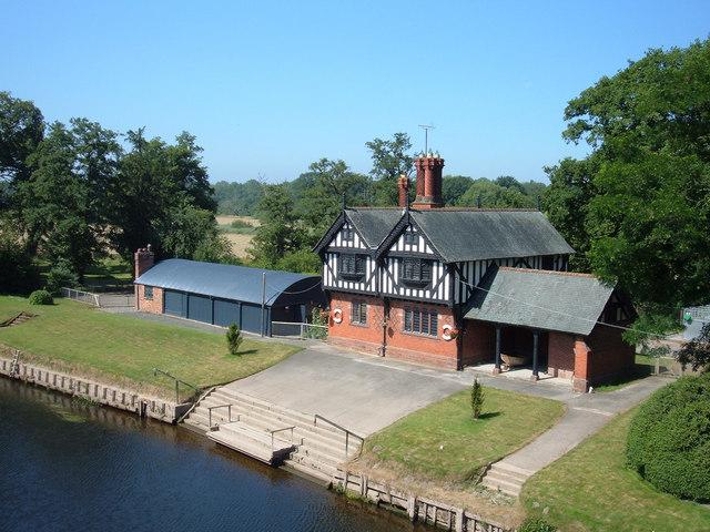 Lodge, River Dee near Aldford