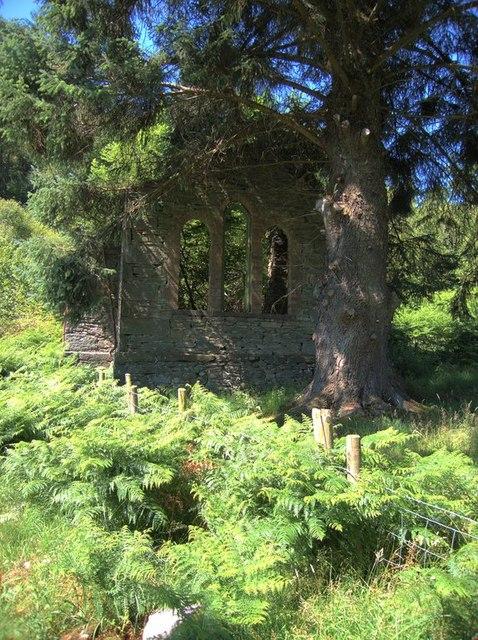 Ruined chapel near Blaenau Dolwyddelan