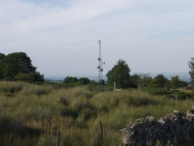 Communication mast at  Pen-yr-allt
