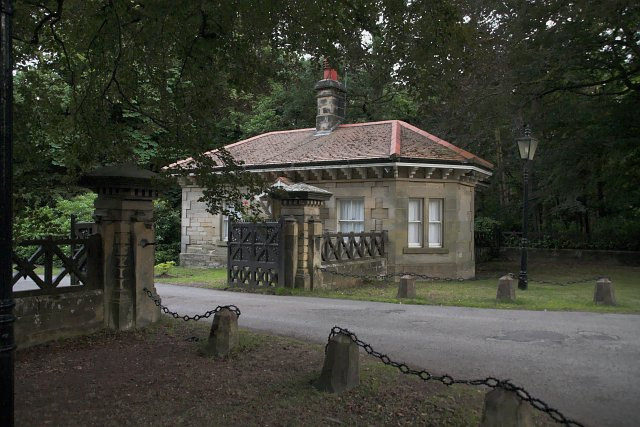Grinkle Park gatehouse in Summer