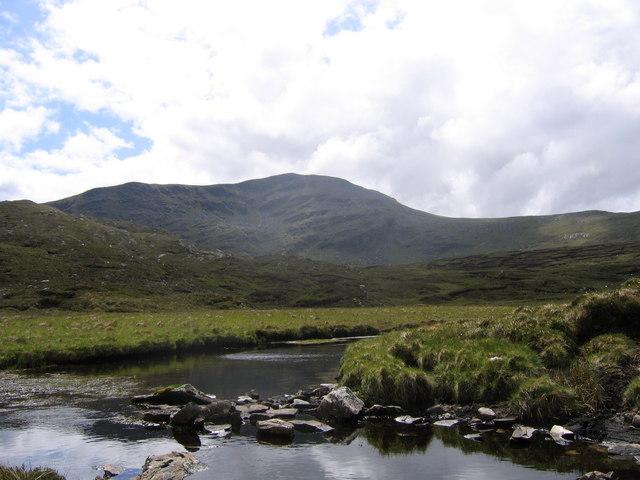 Stream flowing out a lochan near Beinn Leoid
