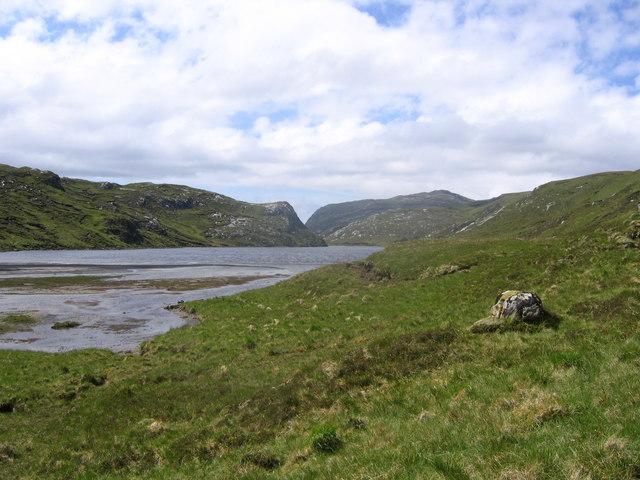 Loch Strath nan Aisinnin