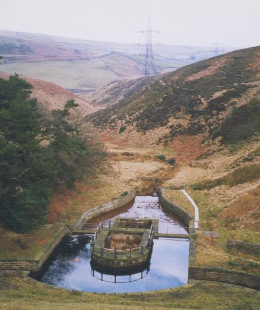 Old gauging basin, Lower Windleden Reservoir