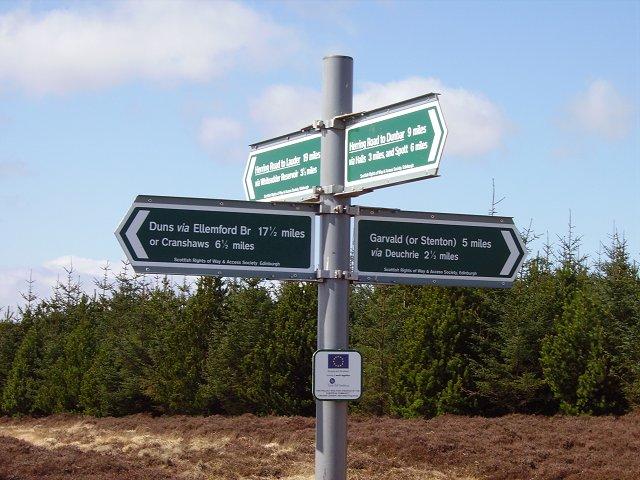 Signpost, Herring Road