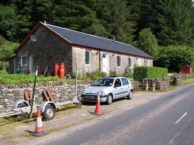Glendaruel, Dunans Cottage