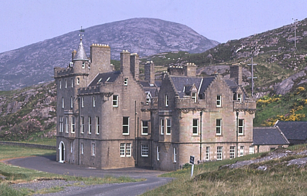 Abhainnsuidhe (Amhuinnsuidhe) Castle