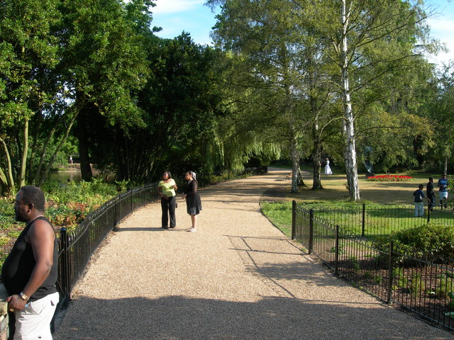 Path in Dulwich Park