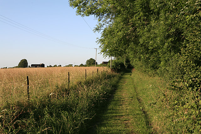 Footpath towards Pennings Farm