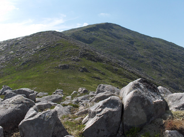 East ridge of Beinn nan Aighenan