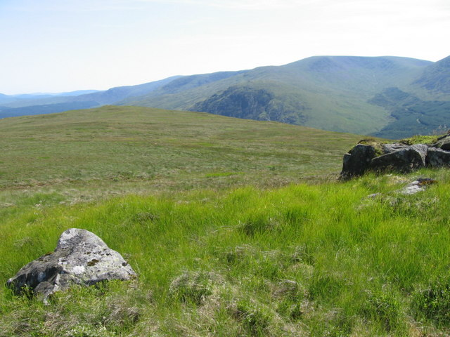 The southern plateau below Cairnsgarroch