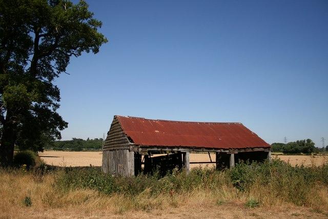 Derelict farm building near Pilsgate
