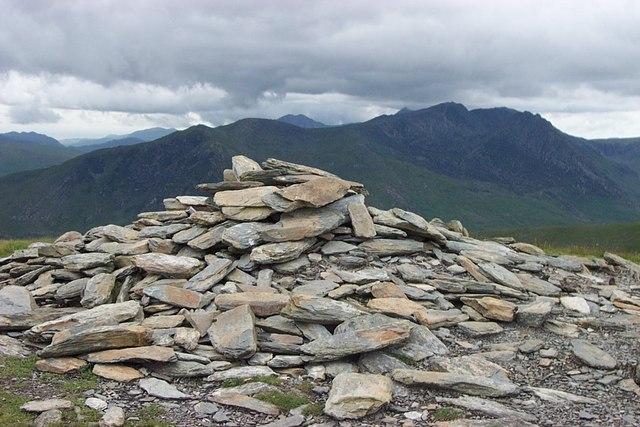 Pen Llithrig y Wrach Summit cairn