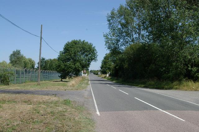 Rail Crossing near Arncott