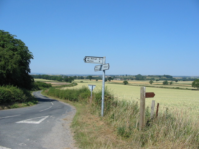 Road junction west of Riseborough Hall