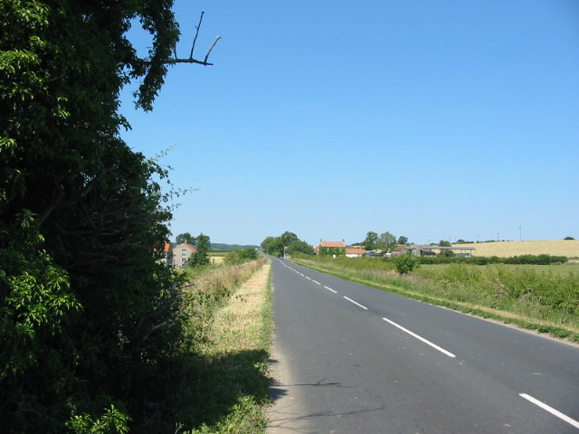 View along unclassified road to Sinnington Common Farm
