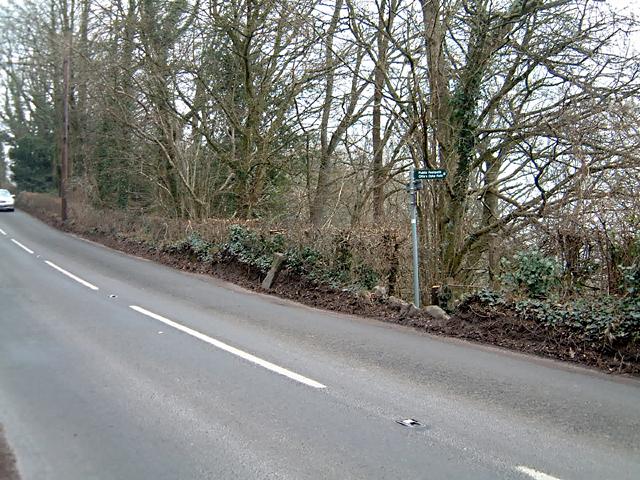 Milestone - 3 Miles to Chepstow on the B4228