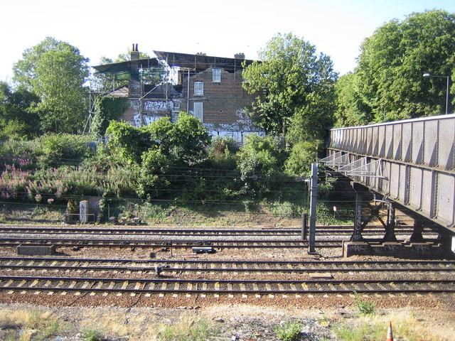 Ealing: Main line railway