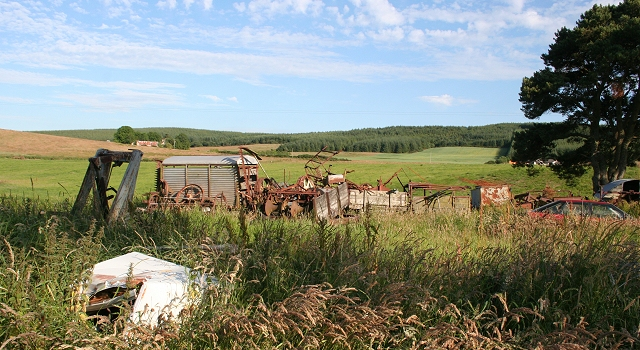 Scrap Heap, Forklandstripe