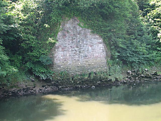 Tintern Dismantled Railway Bridge - Southern Abutment