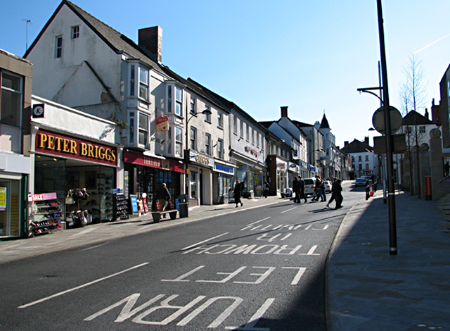 Chepstow High Street looking towards the Town Gate