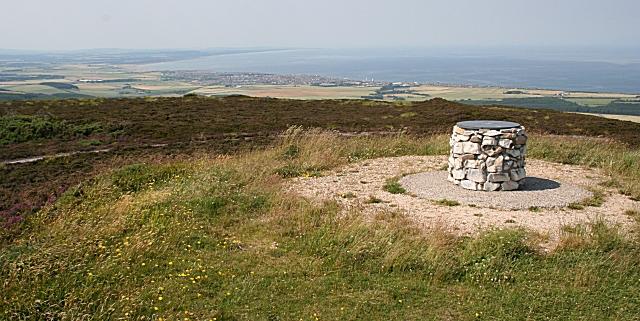 Summit, Bin of Cullen