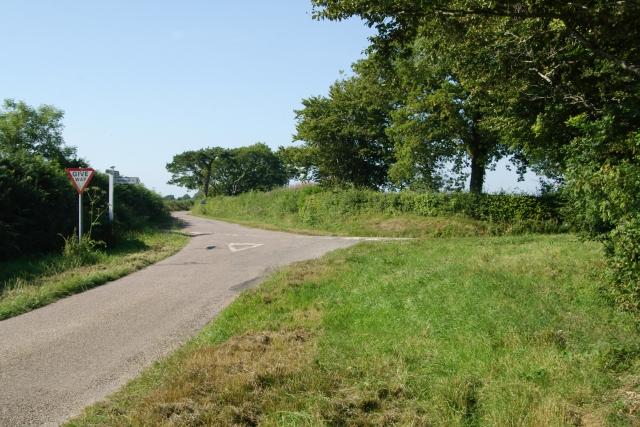Bucknowle Cross, Offwell