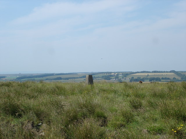 Trig point at Knowehead near Harthill
