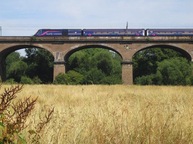 Hanwell: Wharncliffe Viaduct
